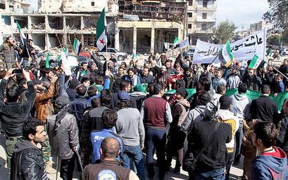 Beboerdemo mod Assad-regimet i  Aleppo, d. 4. marts 2016.