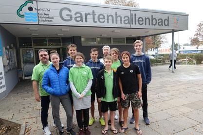 Die kleine Delegation des TSV Lindau, die beim Swim-Meeting im Leipheimer Hallenbad war.