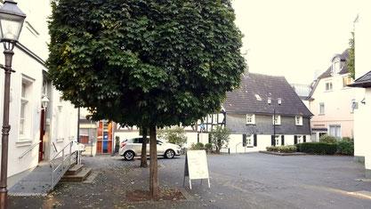 Rund um die Pfarrkirche in Attendorn