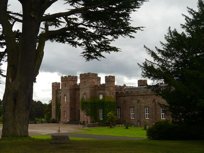 Scone Palace auf dem Moot Hill