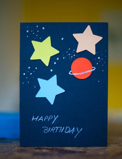 Geburtstagskarte für den Kindergeburtstag selbstgemacht, Weltraumkarte