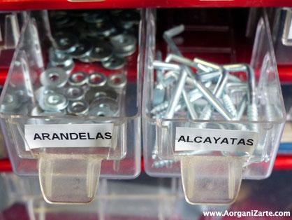 Etiqueta todas las piezas y herramientas para encontrarlas fácilmente - AorganiZarte