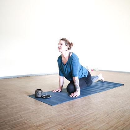 Ruth Oelschlägel (Yoga Element)
