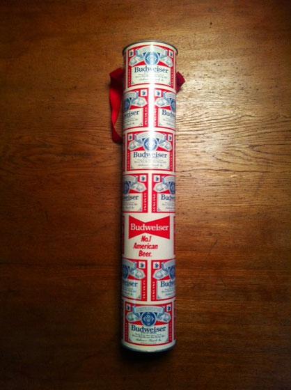 バドワイザーの超~ロング缶!、、の貯金箱ww これぞ70年代って感じの総柄が◎♪