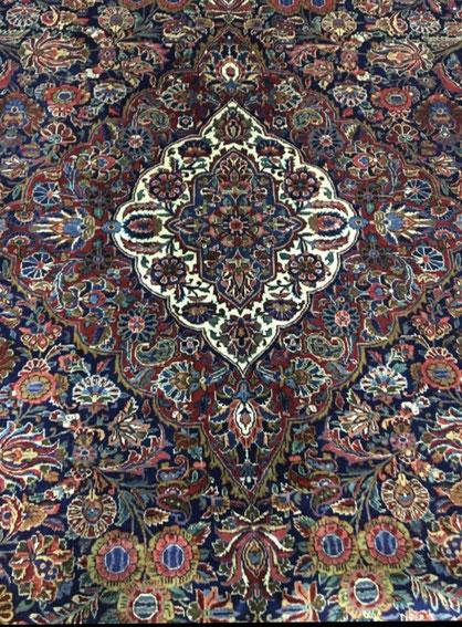 GAZVIN  wool  424x322  全体が写せませんが素敵な12.5㎡です。