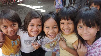 「若い国」フィリピンにはこんな可愛い子どもたちがいっぱい
