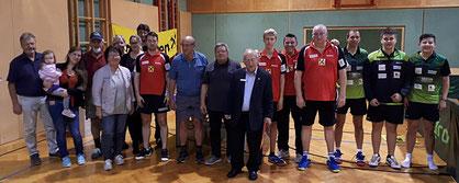 Zur Freude des TTV Sierndorf fanden zahlreiche Fans aus Sierndorf auch ihren Weg nach Tulln, darunter auch Bürgermeister Gottfried Muck.