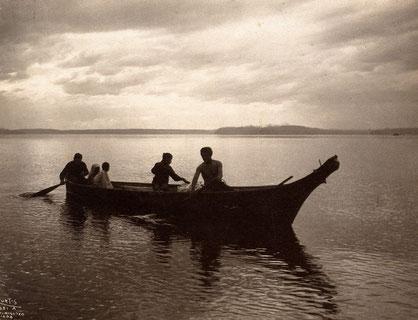 'Salish Canoe' (1904) by Edward S. Curtis.