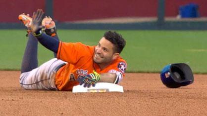 Nella foto Jose Altuve (photo by MLB)
