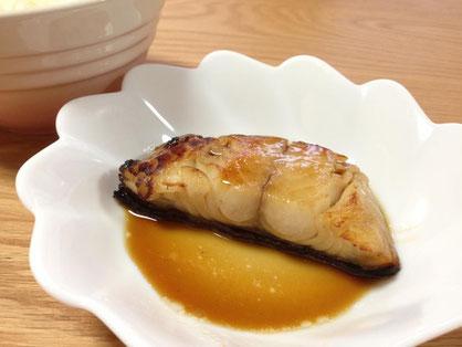 天たつの冷凍焼き魚「銀だら照焼」は湯煎とオーブントースターで温めるとベストな美味しさでお召し上がりいただけます