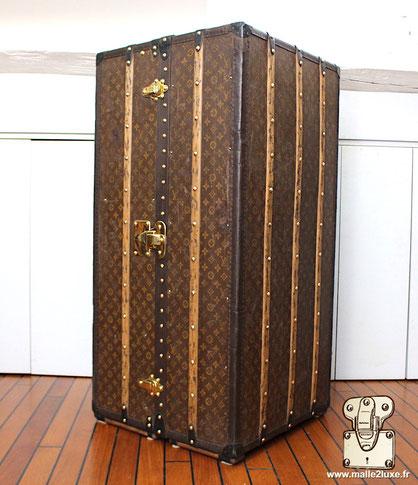malle cabine wardrobe Louis Vuitton expertise petite prix