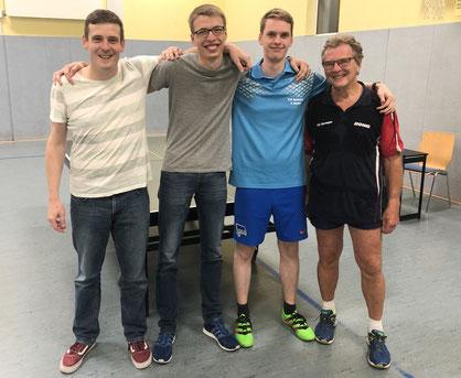 Mit geschlossener Mannschaftsleistung zum zweiten Saisonsieg (v. l. Stephan Scharrenbroich, Tobias Dörr, Peer Stobbe und Dr. Dieter Berger)