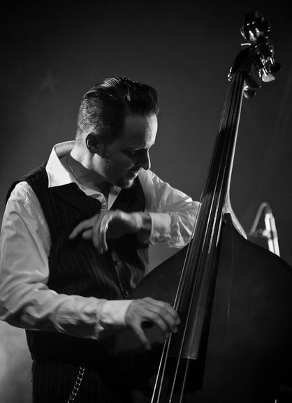 Thias Salhab - Kontrabassist Freiburg, Slap Double Bass Rockabilly