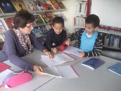 accompagnement éducatif et scolaire aide aux devoirs primaires college lycée ateliers enfants adolescents
