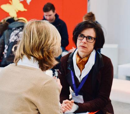 Anya Schutzbach & Marlen Schachinger im Dialog …
