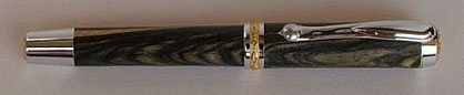 Füllfederhalter Schreibgerät aus Holz