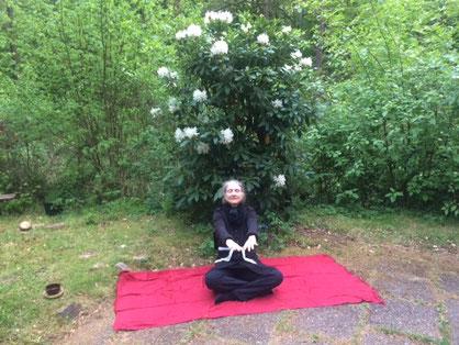 Dritte Phase der Nadabrahma im Osho Mani Garten