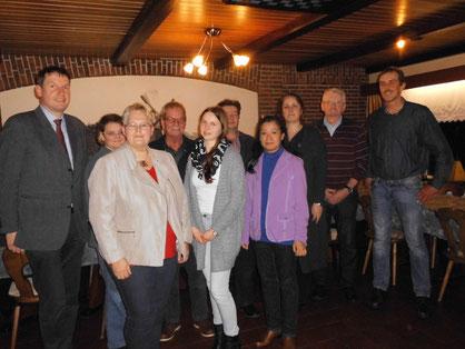 Foto von li. nach re. Martin Jhering, Barbara Anders, Hildegard Hinderks, Hilbert Bruins, Janka Schulte, Uwe Schulte, Unakun Pleis, Frauke Bock, Broer Wübbena- Mecima, Reinhard Schüür.