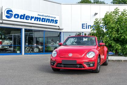behindertengerechter VW Beetle Cabrio, Beifahrerumbau, Rutschbrett, Sodermanns
