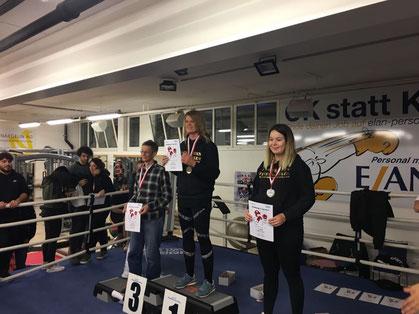 1. und 2. Platz Swissboxing LC-CUP 2018 FINALE Frenkendorf 01.12.2018 Yvonne Biker und Virginia Wenger (BOXING TEAM ITTIGEN)