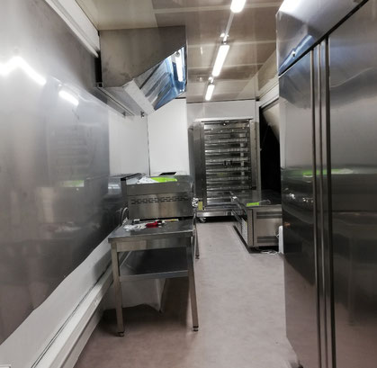 Liberty Saveurs food truck Saône et Loire. Food truck Juliénas. Burger Mâcon. Food truck anniversaire. Food truck mariage. Food truck Mâcon. Food truck Lyon. Food truck Crêches-sur-Saône. Food truck Villefranche-sur-Saône