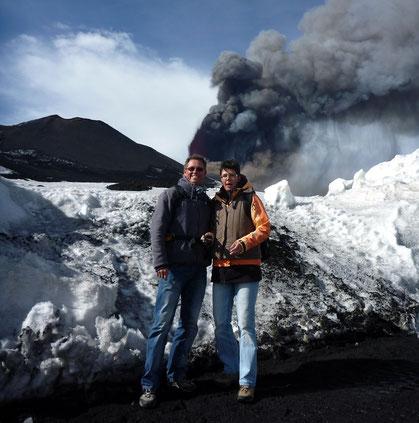 Hautnah erlebter Ausbruch des Etna am 12.4.2012 - meraviglioso!