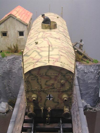 Das Modell ist über 40cm lang.