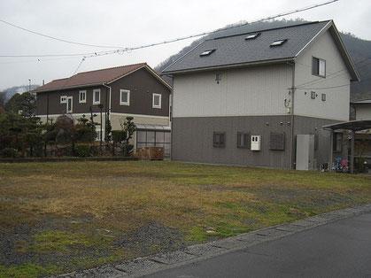 建築 施工例 岡山市の新築 太陽光発電設置 多目的倉庫