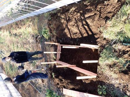 踏み込み温床の作り方・家庭菜園向き@さとやま農学校