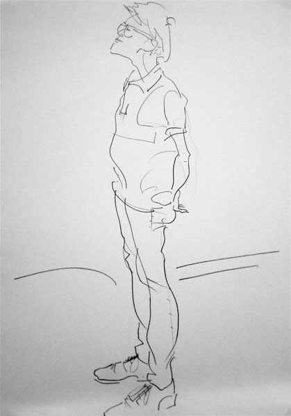 5/21 キチムのデッサン会で描いたデッサン。ツーブロックに刈られた髪型がとても良かった。