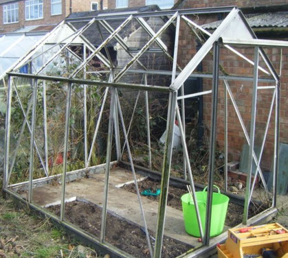 Tips to put a second hand greenhouse back together