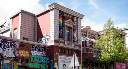 Kongressen om selvforvaltede kooperativer fandt sted i det autonome kulturcenter Rote Flora i Hamburg