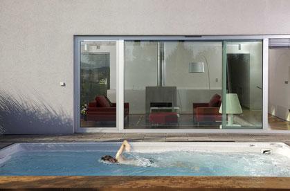 Schwimmspa XL Ausstellung verkaufen