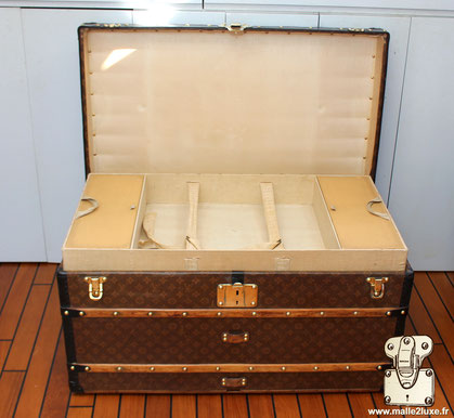 mail trunk Louis Vuitton