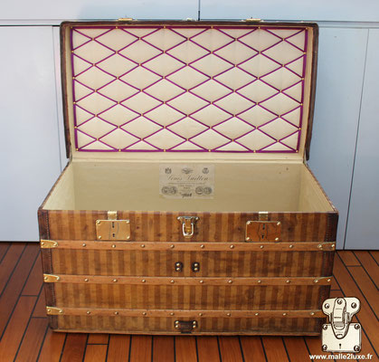 interior Louis Vuitton mail trunk