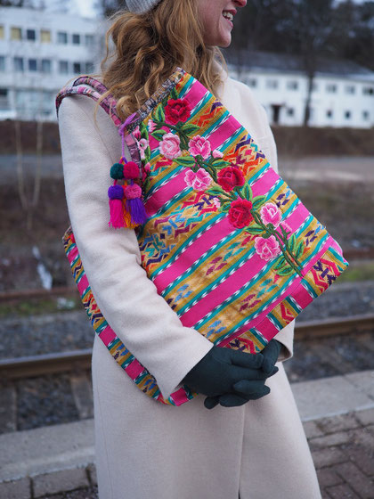 Mexikanische Taschen, Damentasche boho, bunt, Blumenmuster, Frida Tasche, hippie, ethno, folklor, Stickerei, mexikanische Textilien, Mexikanische Handwerkskunst, Handtasche, Standtasche, Einkaufstasche