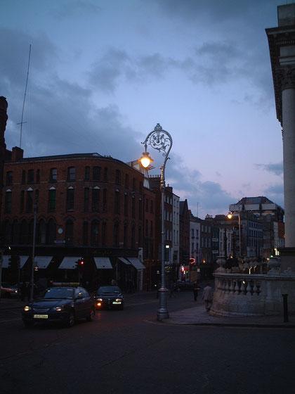 アイルランドで見た街灯 素敵なデザインだ