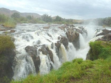 Epupa Falls an der Grenze zu Angola