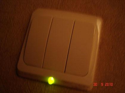 Выключатель с самодельной подсветкой