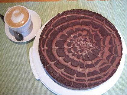 Feine Schokoladetorte, die zudem noch super aussieht