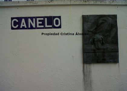 Calle y placa en honor a Canelo. Propiedad Cristina Álvarez