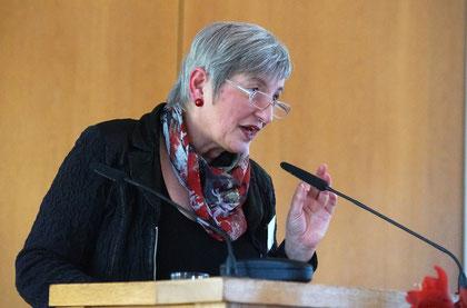 Dr. Annette Fugmann Heesing