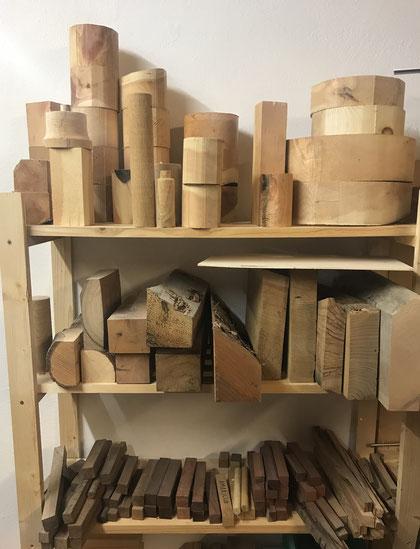 ber mich chiemgau holzkunst regionales holzhandwerk und holzdesign zirben drechselerei und. Black Bedroom Furniture Sets. Home Design Ideas