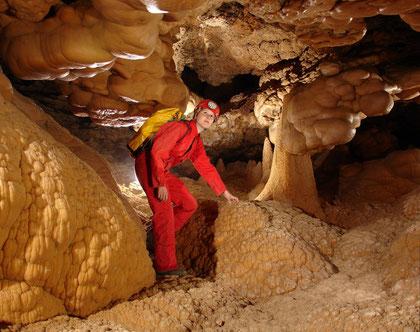 Cueva de la Higuera - España 2009