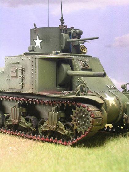 Im Gegensatz zum M31 blieb die 75mm-Kanone erhalten, die 37mm wiederum wurde nur als Attrappe dargestellt.