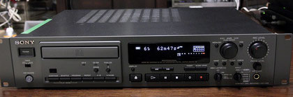 SONY Professinal CD Recorder CDR-W66