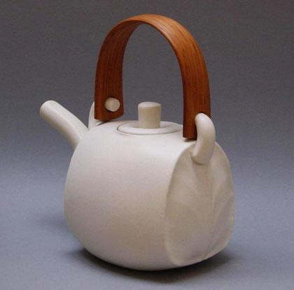 Teapot by Chris Weaver