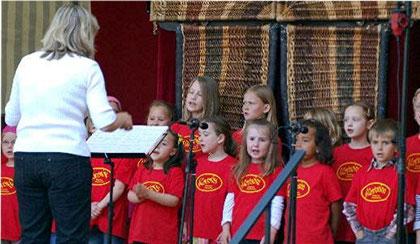 Kinderchor Cantonino 2011 - Leitung: Christine Chraibi