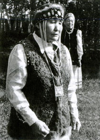 Д.Г. Егорова, пос. Нюрба. Материалы КФЭ 1986 г. Фото В.Т. Новикова