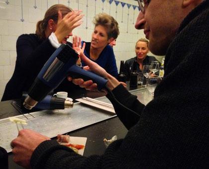 grillen mit Heißluftfön im Café Heißlust, bei neoos design Nürnberg
